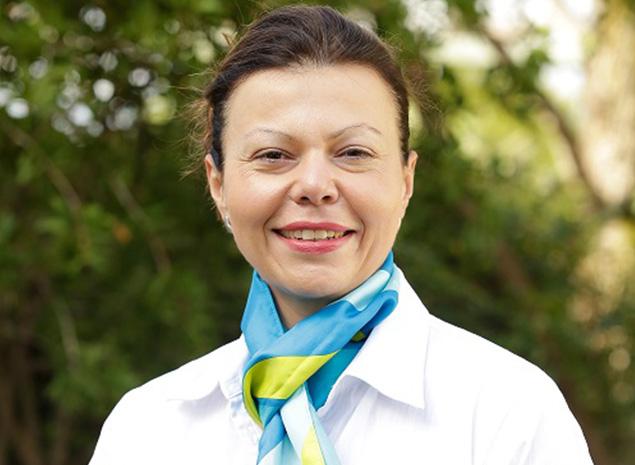 Dr Larisa Cato